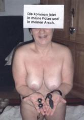Fotze Biggi auf total verfickter Kegeltour..